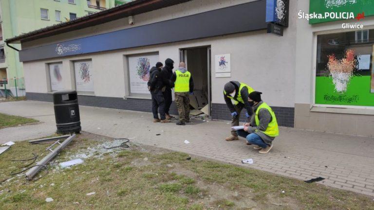 Wysadzali bankomaty. Ukradli łącznie 1,5 mln zł. Zostali zatrzymani