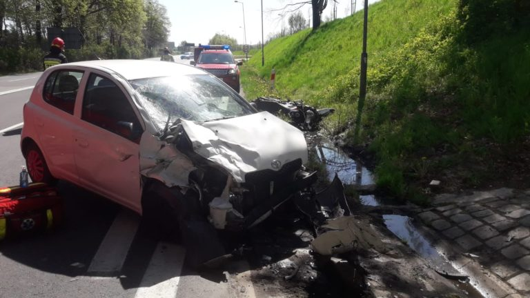 Wypadki: Nie żyje motocyklista, a dwie osoby są ranne