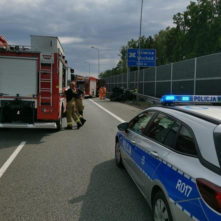 Śmiertelny wypadek na A1. Kierowca uderzył w bariery