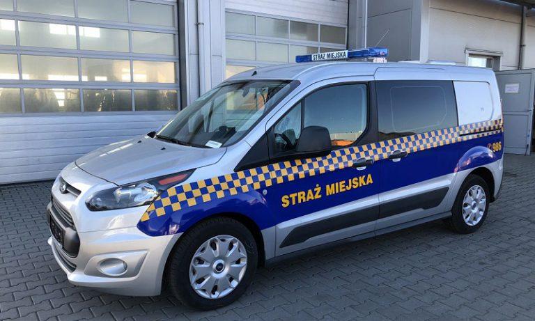 Nowy samochód straży miejskiej w Pyskowicach